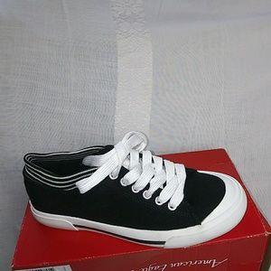 NWT--American Eagle Shoes